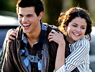 "Selena Gomez, Taylor Lautner ""Are Just Friends"""