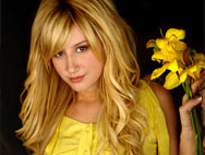 Ashley Tisdale is Blonde…Again!