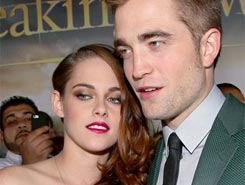 What do you think about costars dating?