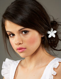 Selena gomez beauty tips