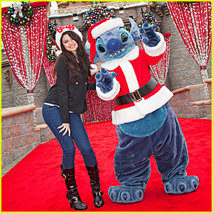 Selena Gomez Meets Santa Stitch!
