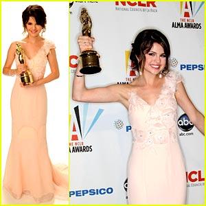 Selena Gomez Wins ALMA Award!